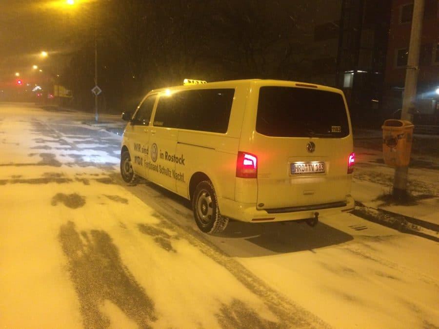 Schneefall in Rostock Lichtenhagen