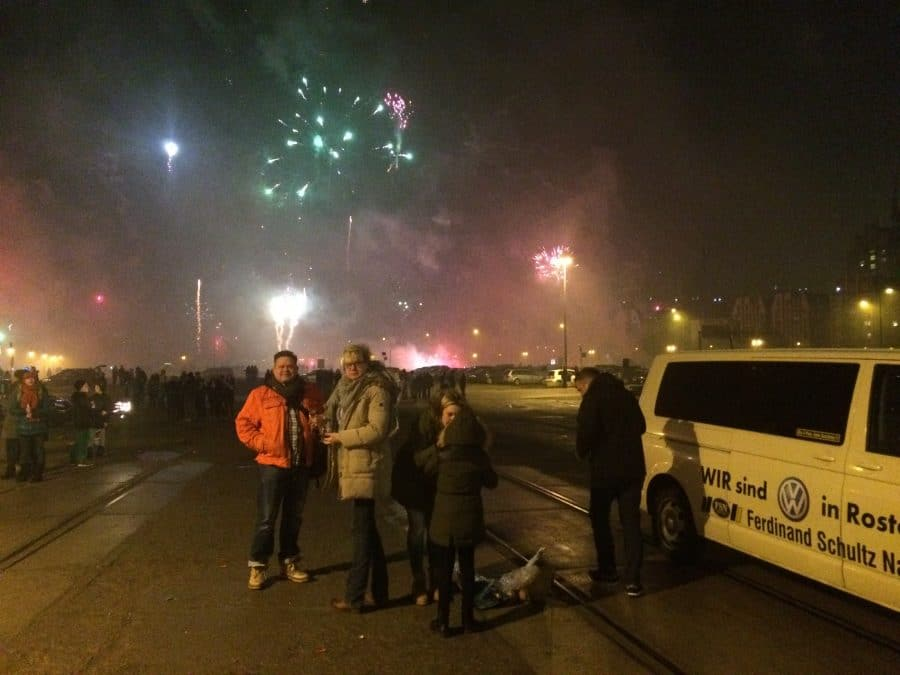Taxi Rostock Silvester 2015 am Stadthafen Bild 1