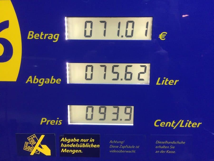 Dieselpreis sinkt und sinkt