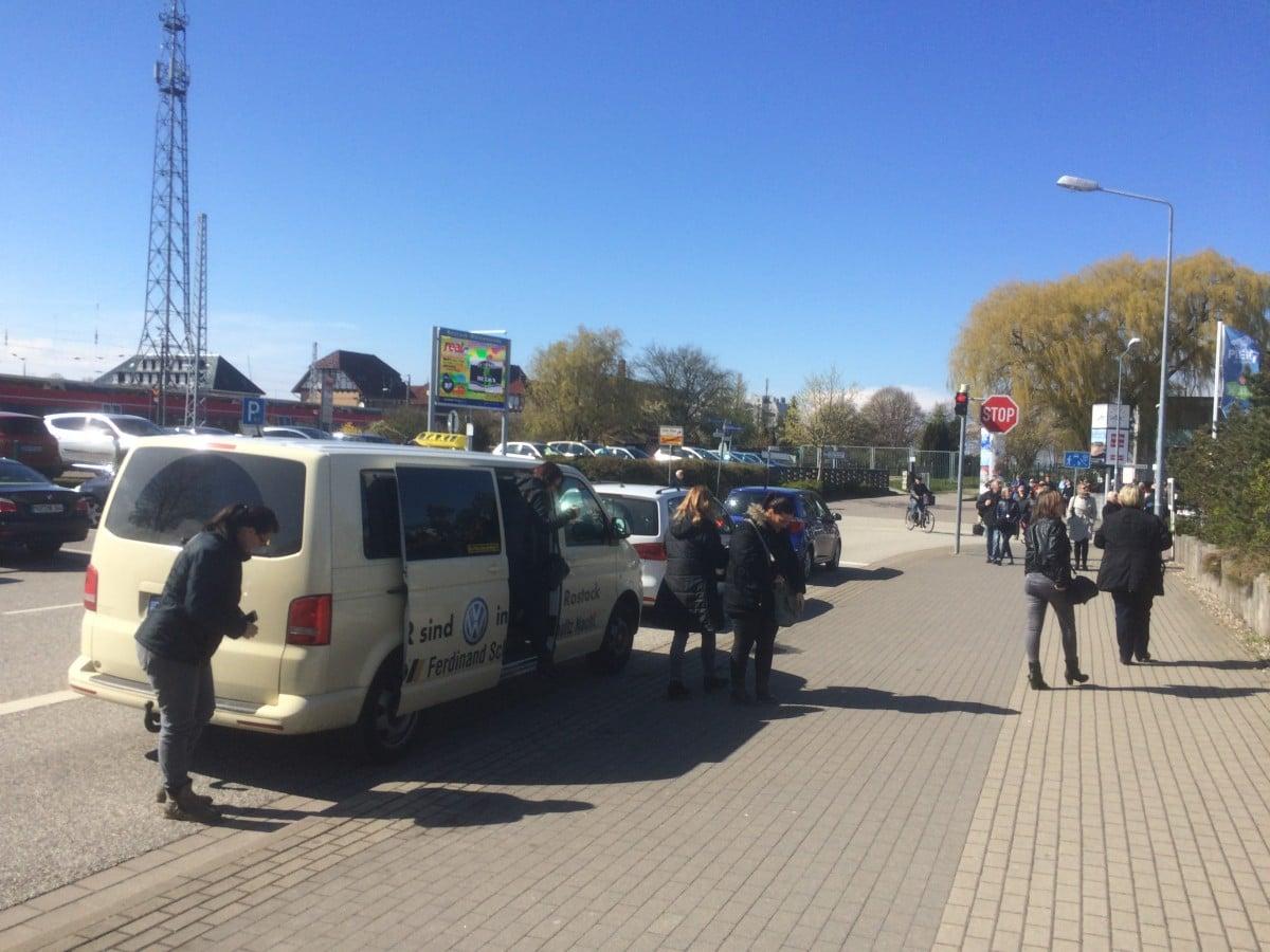 Taxi Rostock Stammkundinnen aus Dortmund Bild 1
