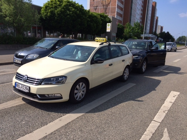 Taxi Rostock Unfall mit Leihtaxi