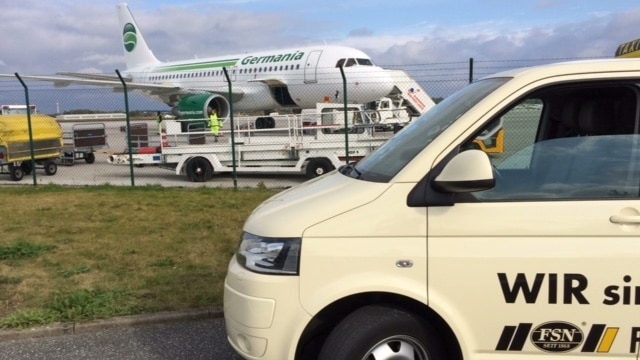 Taxi Rostock zum Flughafen Rostock Laage