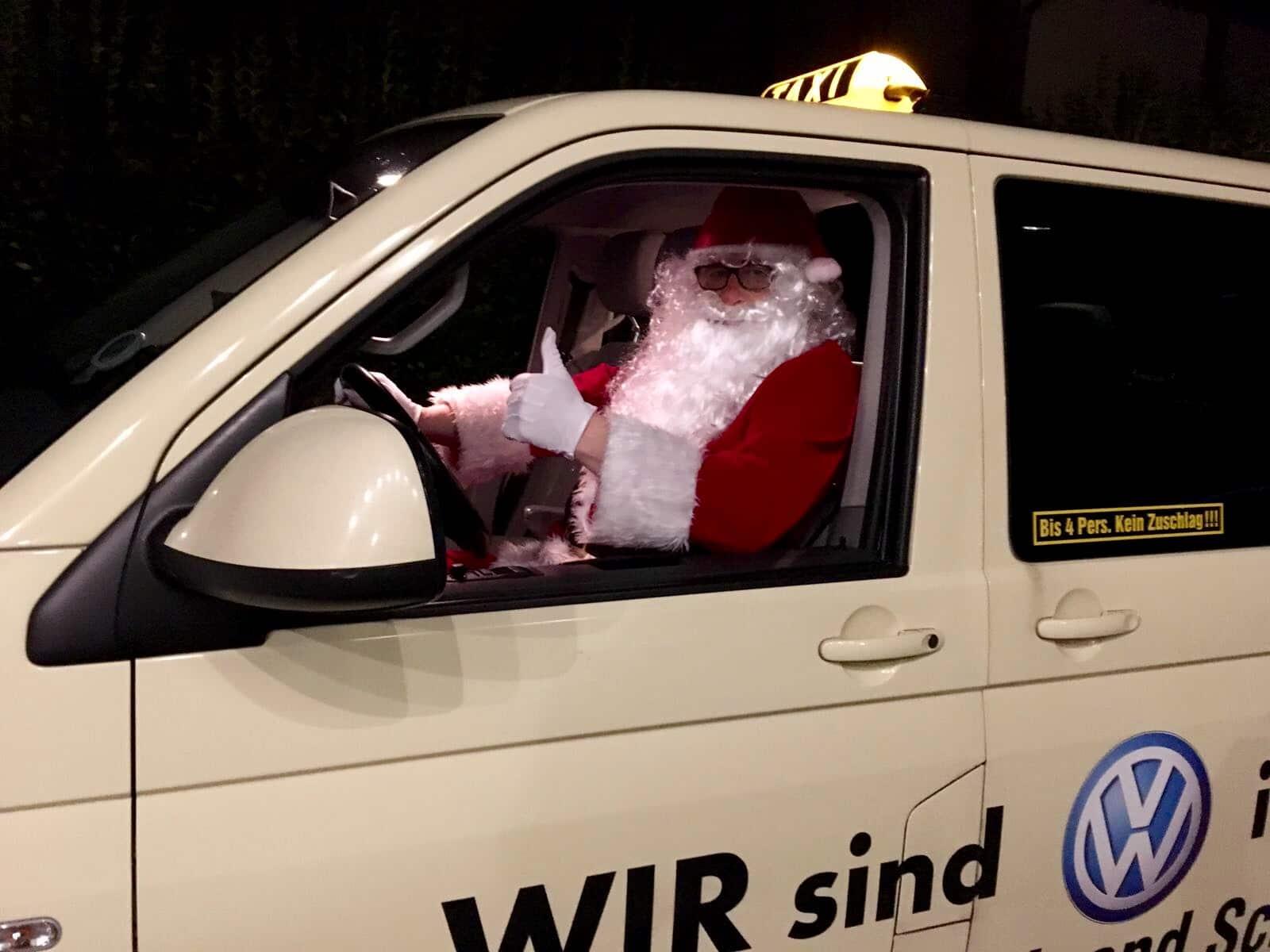 Taxi Rostock und der Weihnachtsmann Bild 2