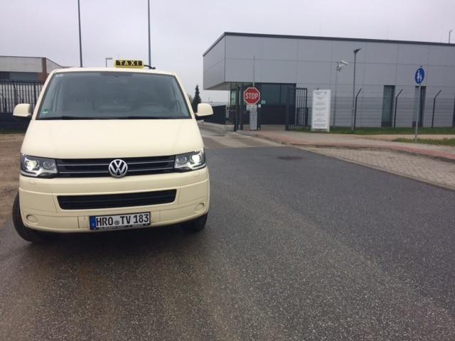 Taxi Rostock an der JVA Waldeck Bild 1