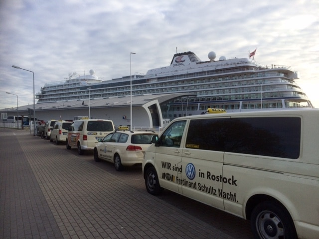 Taxi Rostock – Beginn der Kreuzfahrtsaison