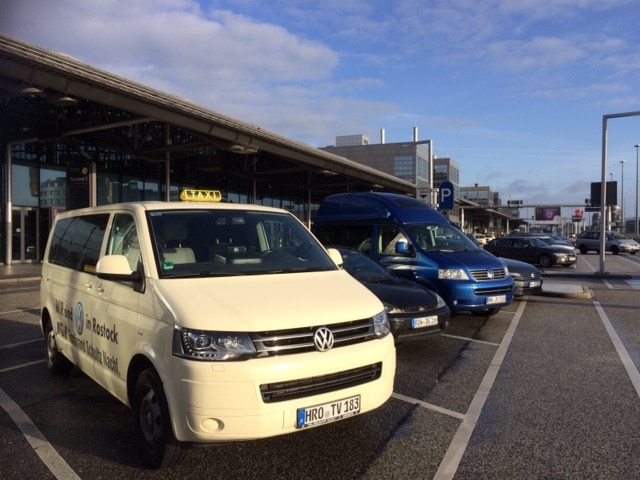 Taxi Rostock – Flughafentransfer nach Hamburg