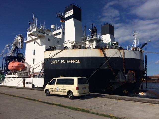 Taxi Rostock - Cable Enterprise im Überseehafen Bild 2
