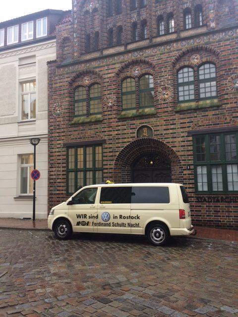 Taxi Rostock – Hochzeit bei strömendem Regen