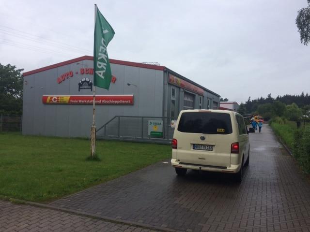 Taxi Rostock - geschleppte Hamburger