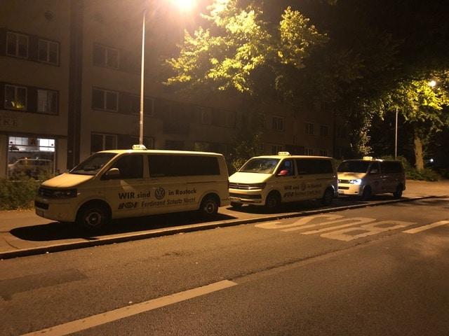 Taxi Rostock Mitarbeiterversammlung am Stand Bild 1