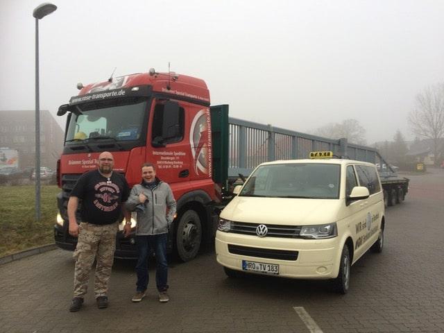 Taxi Rostock Begleitfahrzeug