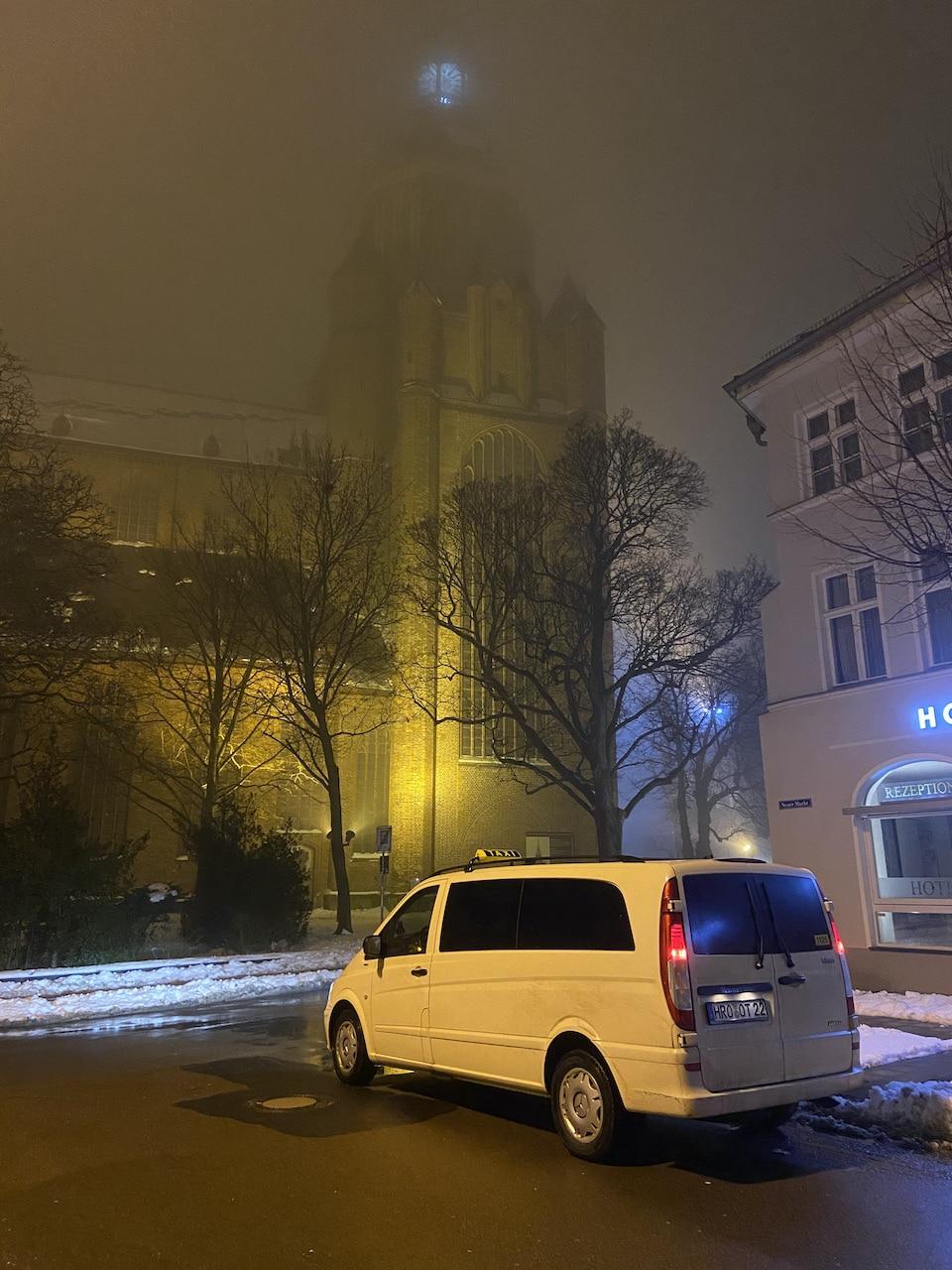 Taxi Rostock – Fahrt mit Bahngutschein
