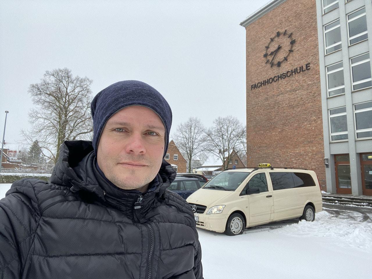 Taxi Rostock – Fahrt zur Fachhochschule