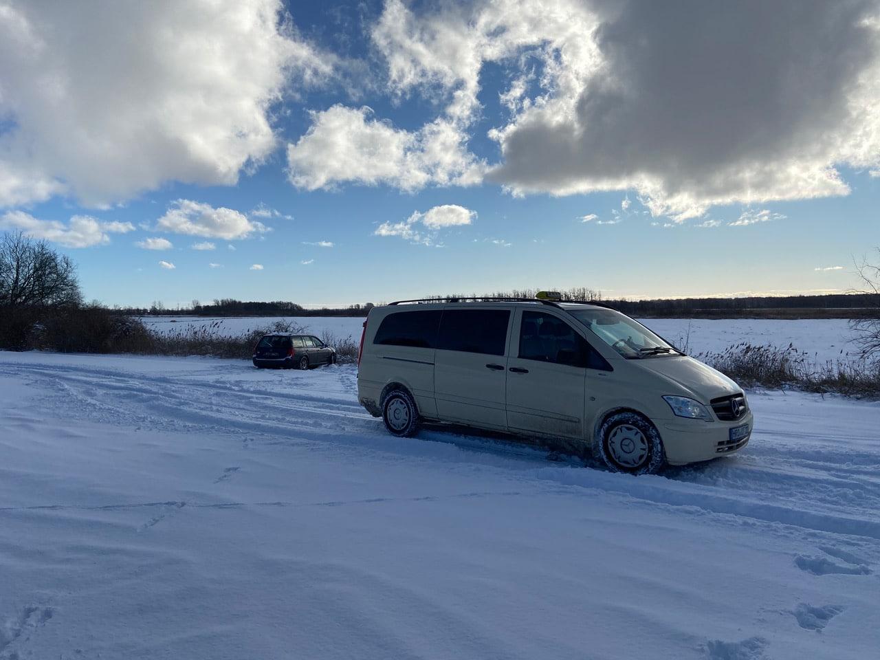 Taxi Rostock – Grabenkampf im Schnee