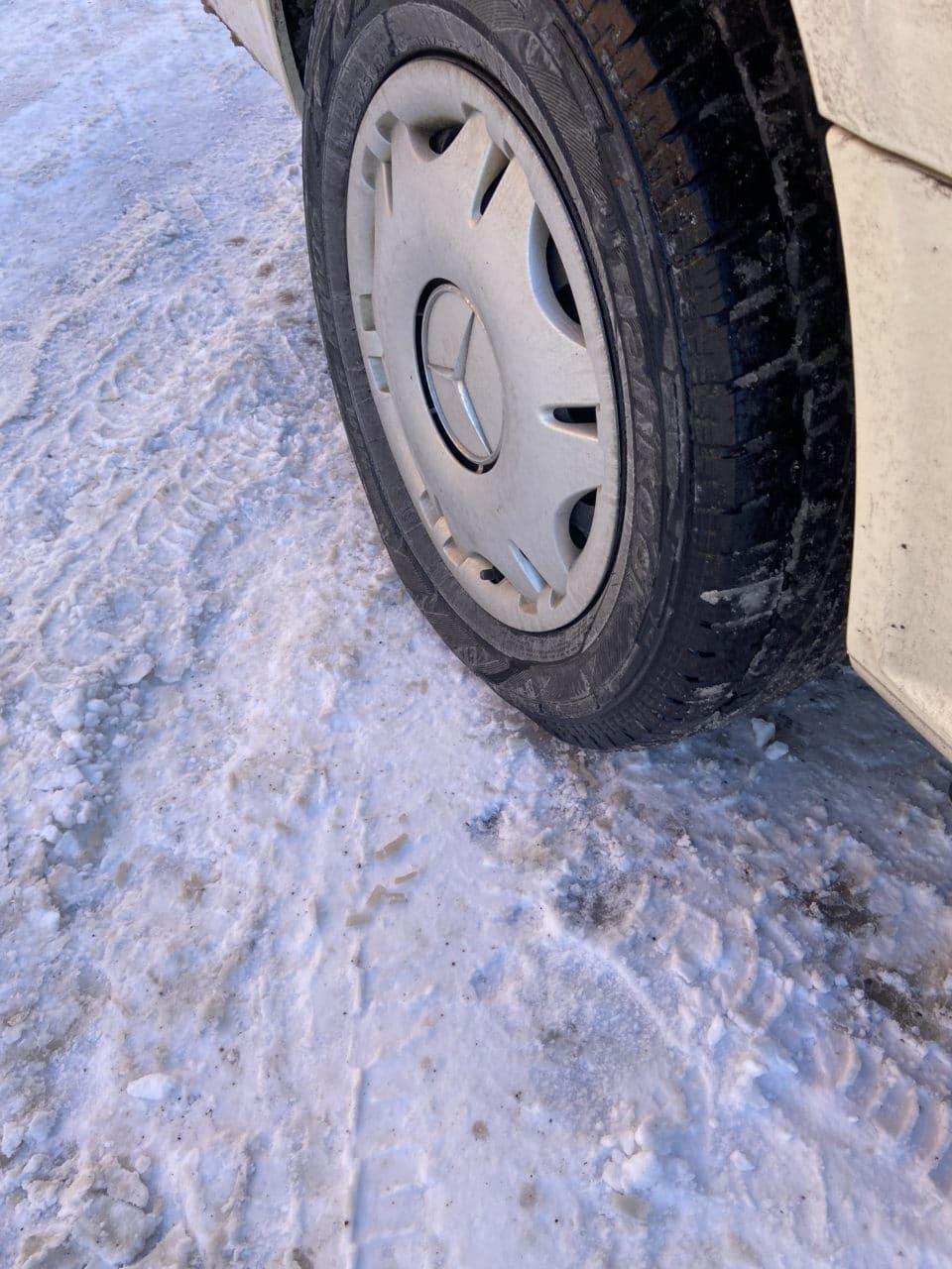 Taxi Rostock - Reifen pfeift auf dem letzten Loch